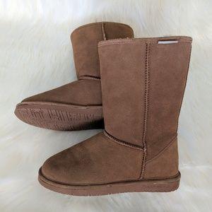 BearPaw tan Emma  winter boots